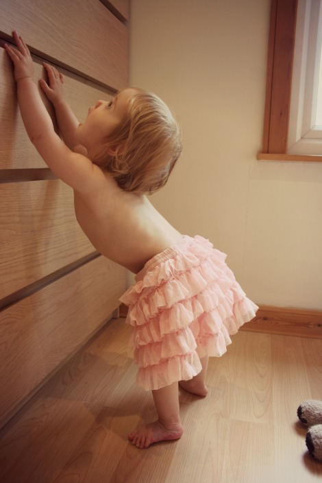 toddler in tutu
