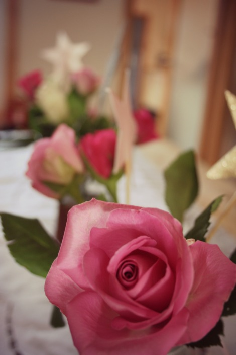 roses and stars birthday table decorations