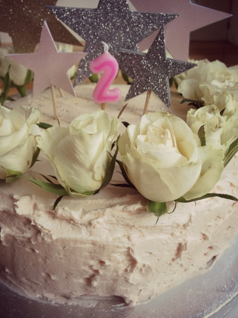 2nd birthday cake with roses and stars
