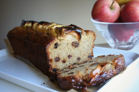 Spiced Apple Tea Loaf | Bluebirdsunshine
