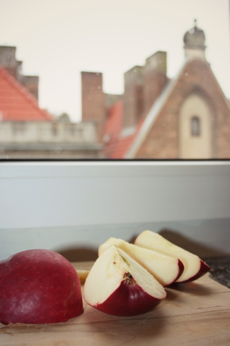 apple in Gdansk | bluebirdsunshine