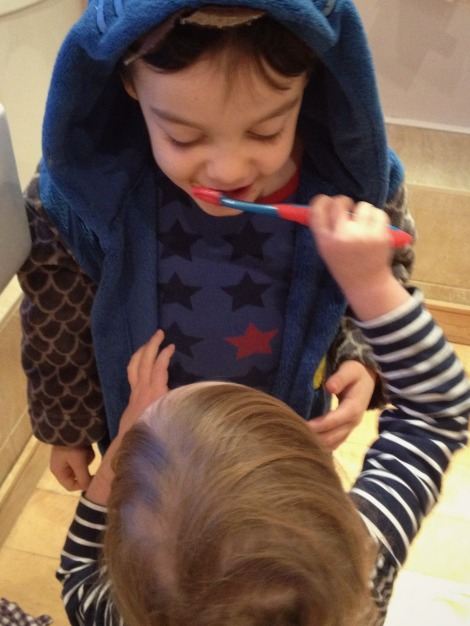 children brushing each other's teeth | bluebirdsunshine
