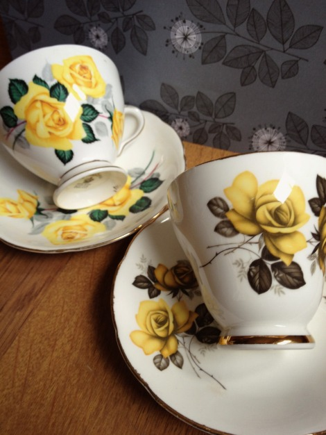 yellow rose vintage teacups | bluebirdsunshine
