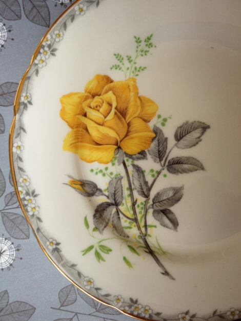 Yellow Roses to Remember Royal Stafford   bluebirdsunshine