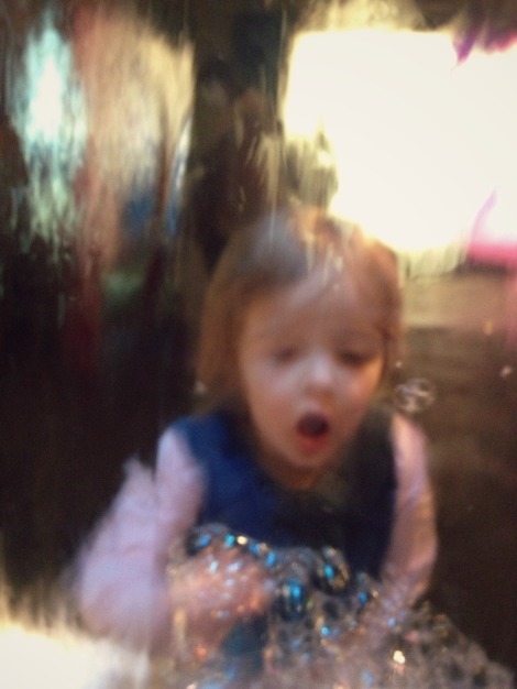 girl bubbles Science Museum | bluebirdsunshine