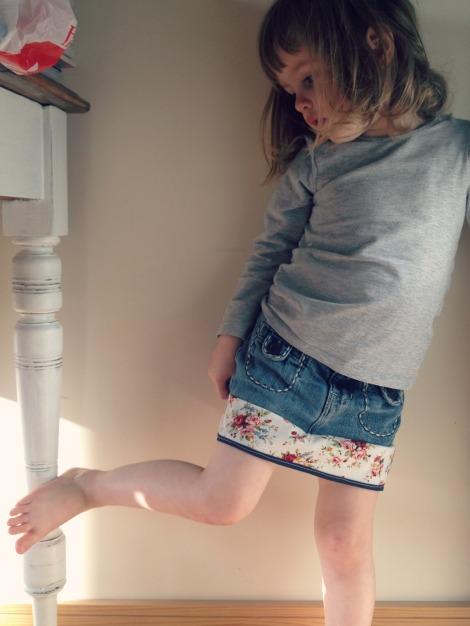 girl in handmade skirt | bluebirdsunshine