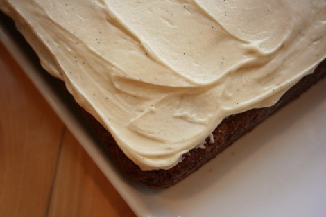 Banana Cake with Maple Frosting | bluebirdsunshine