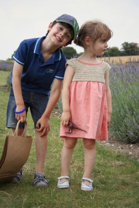 Siblings picking lavender in august | bluebirdsunshine