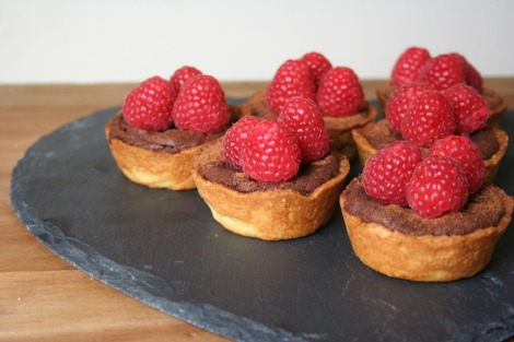 Dark Chocolate Tarts | bluebirdsunshine