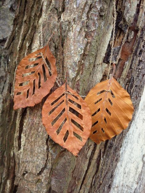 Autumn leaf necklace | bluebirdsunshine