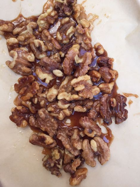 Candied Walnuts | bluebirdsunshine
